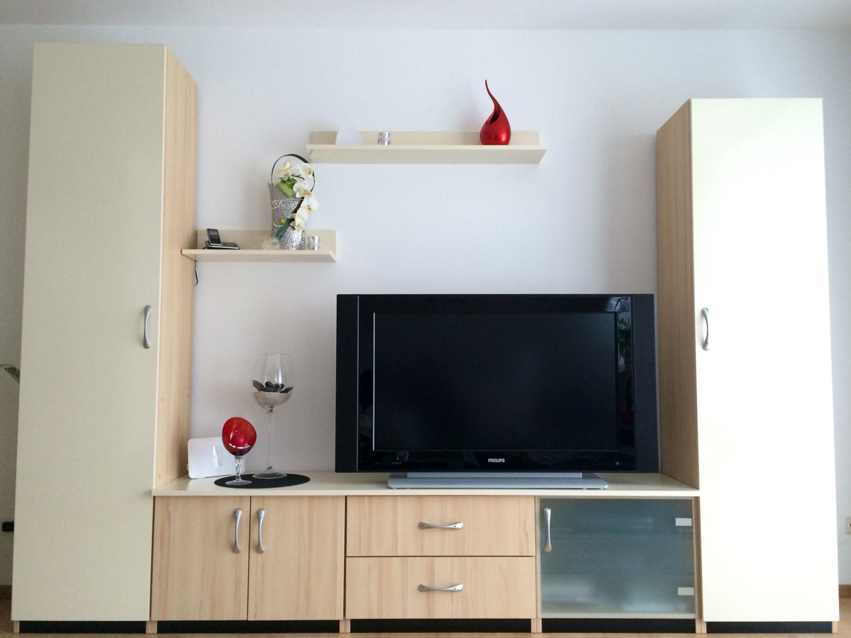 unsere arbeit dietmar hamberger schreinerei innenausbau fensterbau. Black Bedroom Furniture Sets. Home Design Ideas